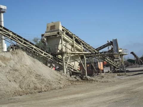 Crushing plant for production of fractions from 0-2, 2-4, 4-8, 8-11 and from 8-16. Fractions for asphalt.